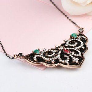 Vintage Necklace For Women Crystal Flower Pendant